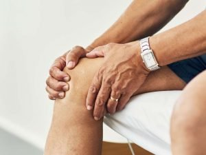 Medical News Today: What to know about knee stiffness